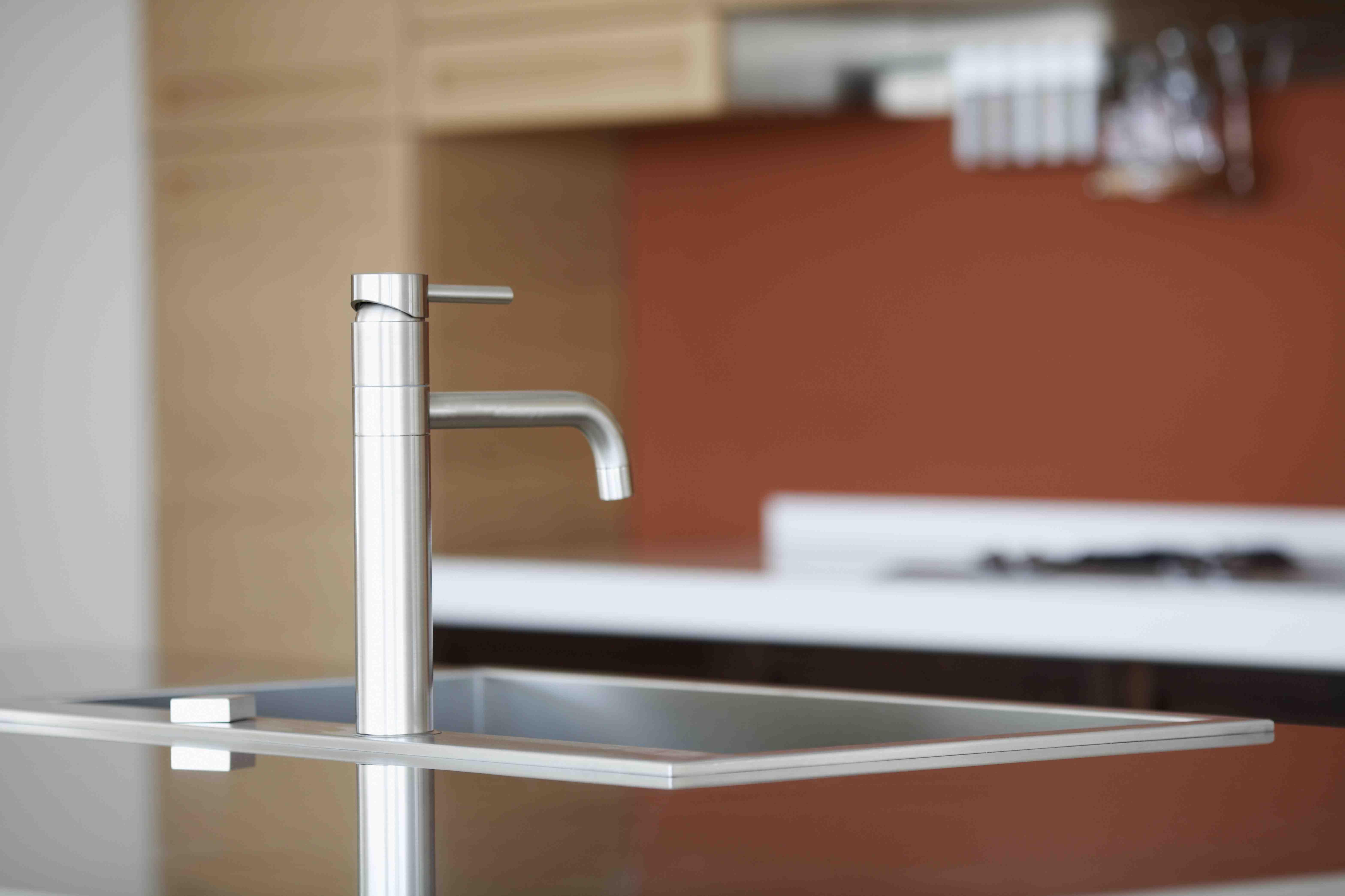 Bere l'acqua dal rubinetto è sicuro /