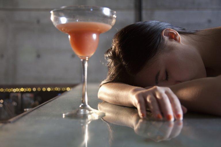 Alcol - ragazza